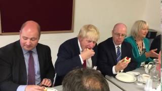 Chulmleigh United Kingdom  city pictures gallery : Boris Johnson eating a scone in Chulmleigh.