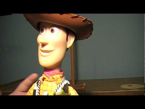 Toy Story Collection: Sheriff Woody Doll Review