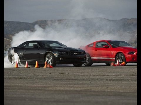 Shelby Gt500 Crushes Camaro Ss Drag Race Showdown