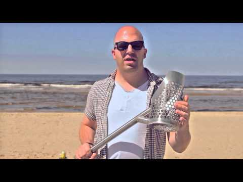 Beach Scoops Compare and Review - Treasure hunting with Dave