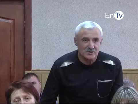 """В Энергодаре за 50 миллионов гривен реконструируют стадион """"Старт"""""""