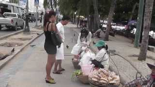Walking Along Beach Road Pattaya Girls Tourists baht Buses just Like Being There