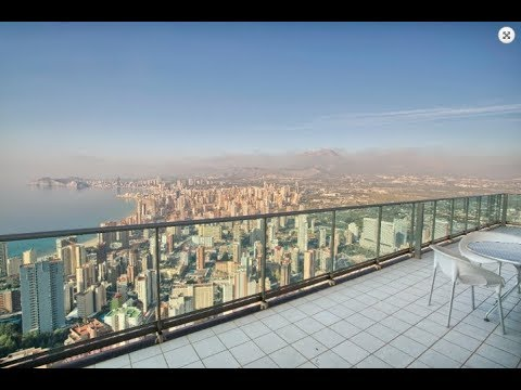Luxury apartments in the best skyscraper of Benidorm! Stunning sea view!