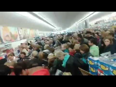 Walka o kurtki w Lidlu w Słupcy