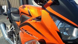 6. Love that color! 2016 Honda cbr 300r walkaround and overview.