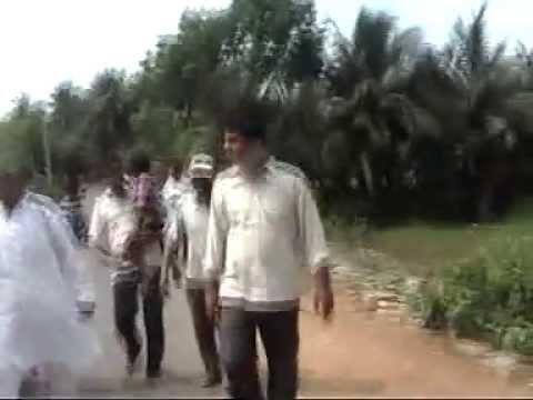 Video Shri Manoj Das walking in his native village Shankari download in MP3, 3GP, MP4, WEBM, AVI, FLV January 2017