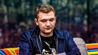 Я - https://www.youtube.com/user/KuzyaMeduzyaYourass - https://www.youtube.com/user/russianstandup