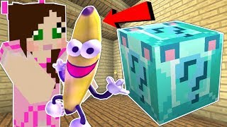 Video Minecraft: DIAMOND WOLF LUCKY BLOCK!!! (BANANA MAN, DISAPPEARING ITEMS, & MORE!) Mod Showcase MP3, 3GP, MP4, WEBM, AVI, FLV Juli 2018