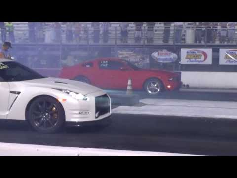 Mustang vs. GTR
