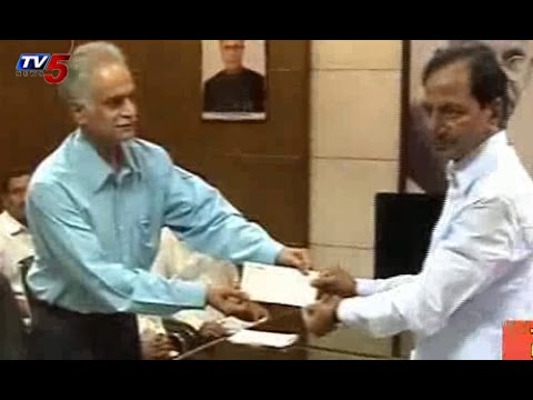 Care Hospital Chairman Donated Rs 50 lakhs for Medak Bus Accident : TV5 News