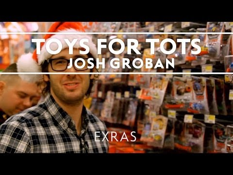Josh Groban - Toys For Tots Shopping Spree 2013 [Extras]