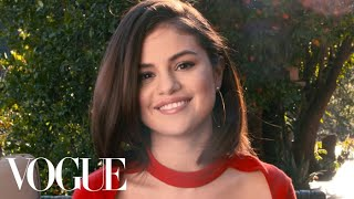 Video 73 Questions With Selena Gomez | Vogue MP3, 3GP, MP4, WEBM, AVI, FLV Juni 2018