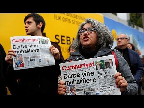 Μάρτιν Σουλτς για Τζουμχουριέτ: Η Τουρκία παραβιάζει την «κόκκινη γραμμή» – world