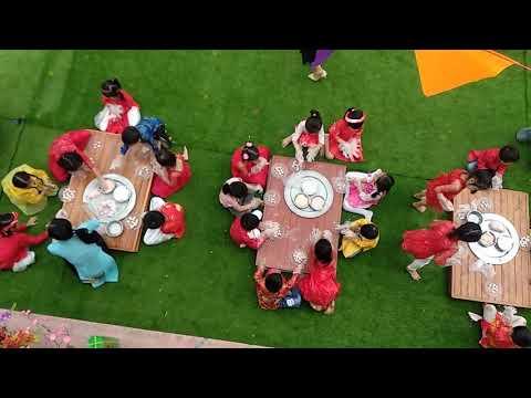 Trải nghiệm làm bánh ,trang trí tết của các bé ở trường mầm non Diễn Hạnh