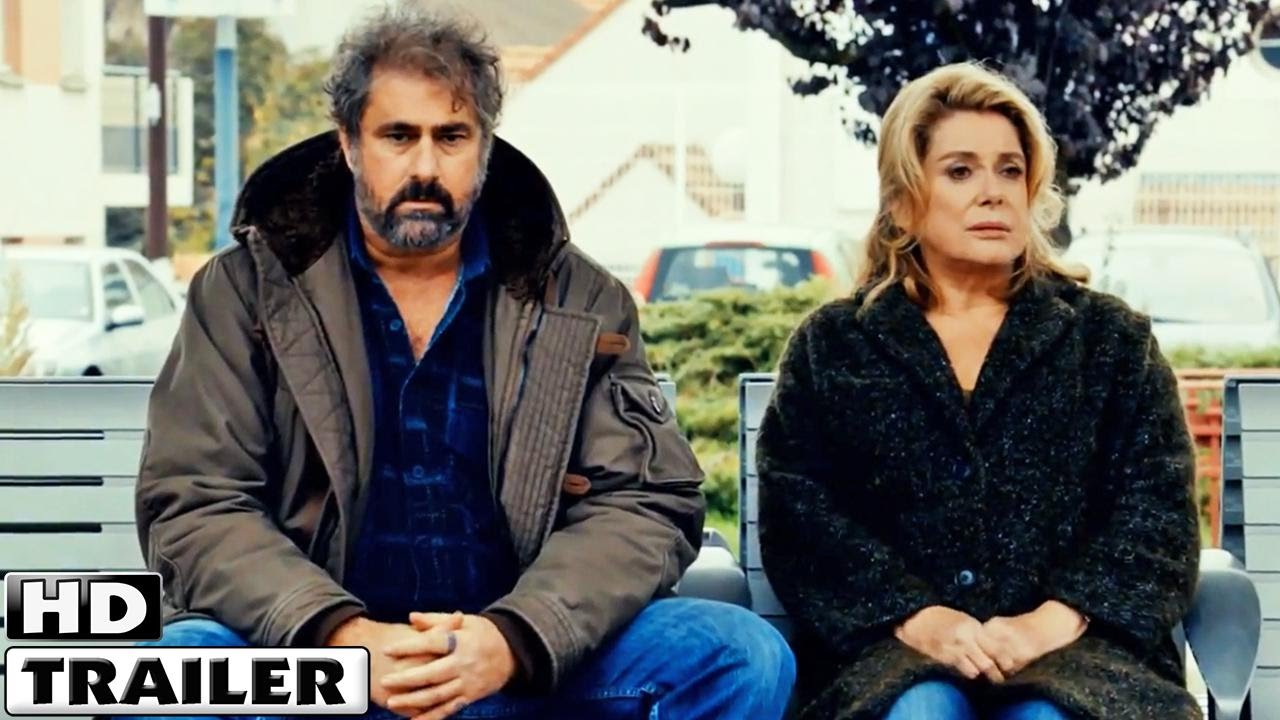 Trailers – En Un Patio De París (2014)
