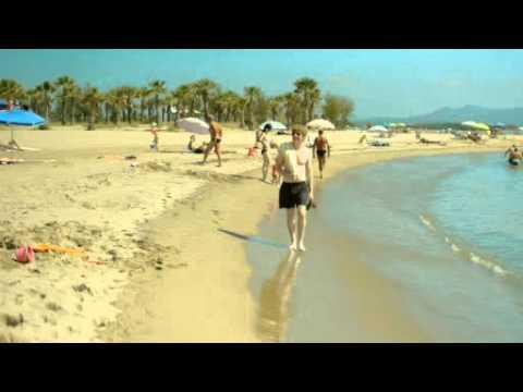 Street Beach Co-operative Travel 15
