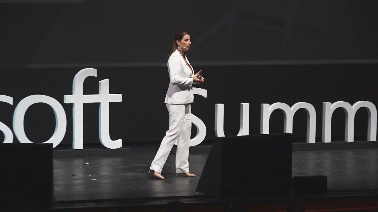 Διεθνές συνέδριο τεχνολογίας Microsoft Summit στο Κέντρο Νιάρχος
