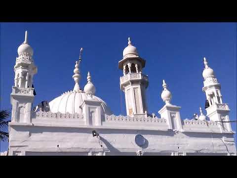 A Trip to Haji Ali Dargah Mumbai India (complete view)