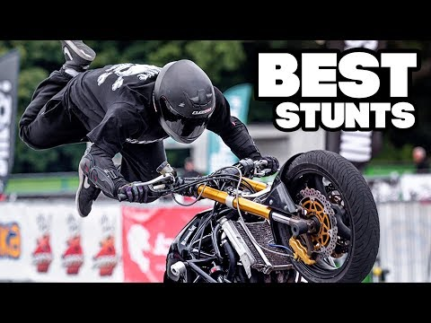 Download Best Stunts Compilation - Stunters Battle 2017 HD Mp4 3GP Video and MP3