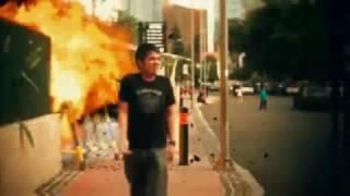 Efek Rumah Kaca - Mosi Tidak Percaya [Official Video] HD