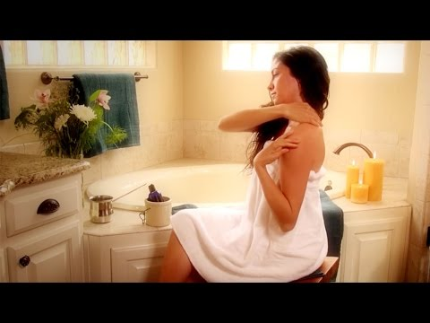 How to Do Abhyanga, a Self-Massage with Warm Oil