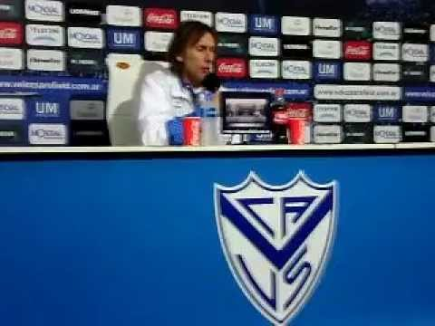 Ricardo Gareca en rueda de prensa