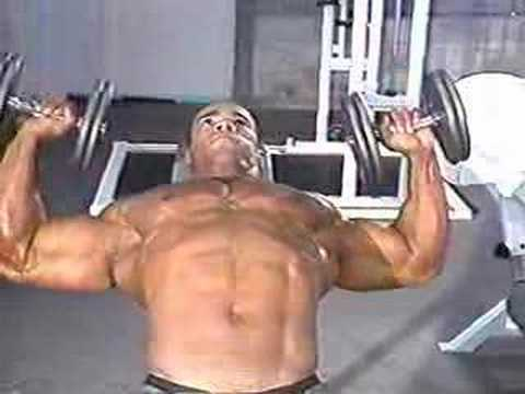 Кевин Леврон в MVJ Gym