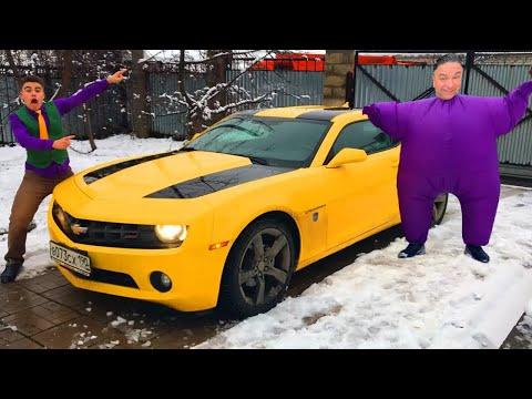 Purple Fat Man found Keys on Chevrolet Camaro & Started Funny Race VS Mr. Joe for Kids_Legjobb vicces videók