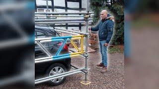 Klient nie zapłacił, więc budowlańcy zablokowali mu samochód