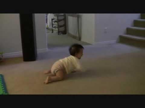 寶寶每天在爸爸要上班時開始狂哭, 爸爸一走就安靜了
