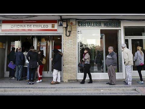 Ισπανία: Σε χαμηλό τετραετίας η ανεργία – Χαμόγελα για Ραχόι – economy