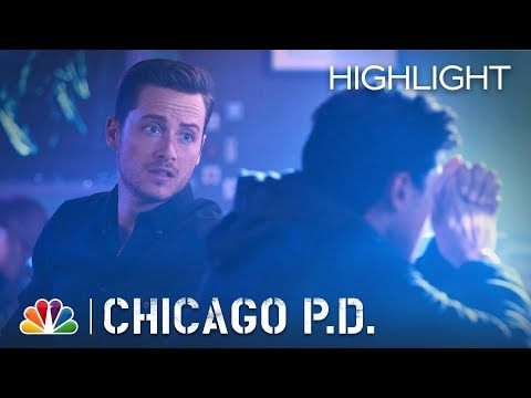 Chicago PD - Is This How You Hit on Women? (Episode Highlight)
