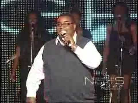 R. Kelly - Share My Love LIVE