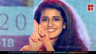 Video Priya Prakash Varrier's Flying Kiss and wink Live on stage MP3, 3GP, MP4, WEBM, AVI, FLV April 2018