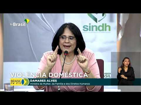 Campanha divulga canais de denúncia de violência contra mulher