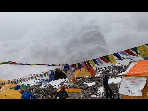 Video: Dramatic Footage of Everest Base Camp Hit by Earthquake-Induced Avalanche