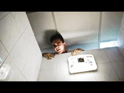 Czego NIE robić w publicznej toalecie | AbstrachujeTV