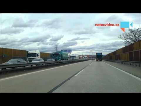 Americký konvoj uzavřel dálnici D1