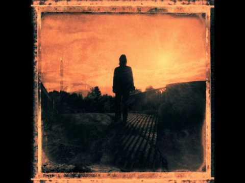 Tekst piosenki Steven Wilson - Home In Negative po polsku