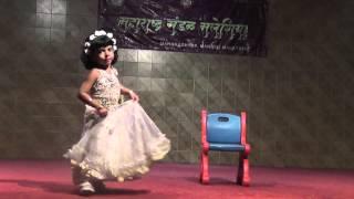 Video Little Girl ( 3&1/2 Year ) Solo Dance Performance on Marathi Song Boka Boka MP3, 3GP, MP4, WEBM, AVI, FLV Juli 2018