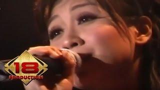 Video Astrid - Cinta Itu (Live Konser Semarang 1 September 2007) MP3, 3GP, MP4, WEBM, AVI, FLV Juli 2018
