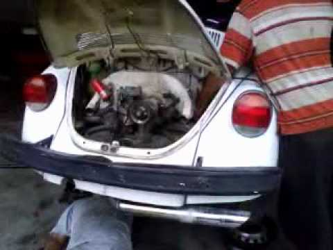 Desinstalación de motor de Vocho - VW Bug Engine Removal