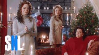 Video The Christmas Candle (Emma Stone) - SNL MP3, 3GP, MP4, WEBM, AVI, FLV Juni 2018