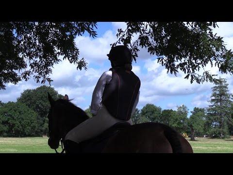 Taunton Vale Harriers Pony Club Camp 2016 - Thời lượng: 35 phút.