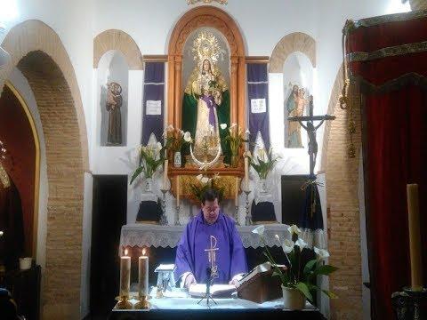 Misa de Domingo quinto de Cuaresma, oficiada por el Párroco Karol Adam Zuraw