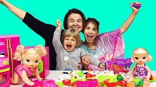 Video Baby Alive ve Oyuncak Bebek için Bizim Aile ile Evcilik Oyunu   EvcilikTV MP3, 3GP, MP4, WEBM, AVI, FLV November 2017