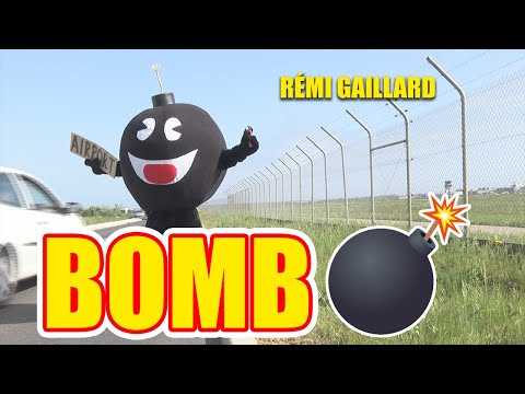 bomb - Rémi tries to travel - dressed as a bomb. Follow him on Twitter: http://bit.ly/remitweet Subscribe on YouTube: http://bit.ly/ouiremi Alerte à la bombe ! Rémi...