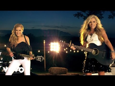 Maddie & Tae – Girl In A Country Song