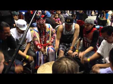 Standing Horse #2 @ Kyi-Yo powwow 2014
