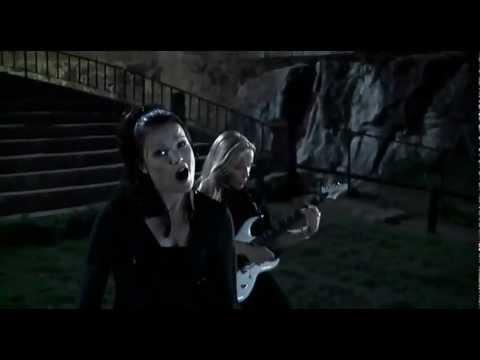 Tekst piosenki Nightwish - Over The Hills And Far Away po polsku